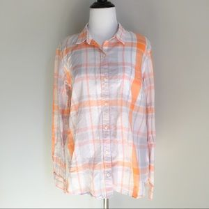 GAP 'The Fitted Boyfriend' Plaid Button Up/Down